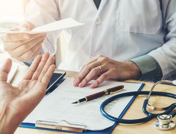 image listing page certificat médical caci - médecin stéthoscope