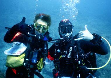 Deux plongeurs de face